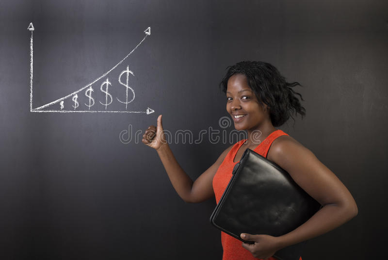 Афро-американский учитель женщины thumbs вверх по диаграмме денег роста стоковые изображения