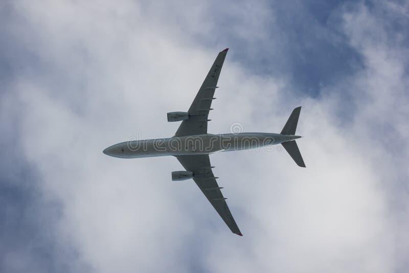 Аэробус A330-300 дракона китая стоковое фото rf