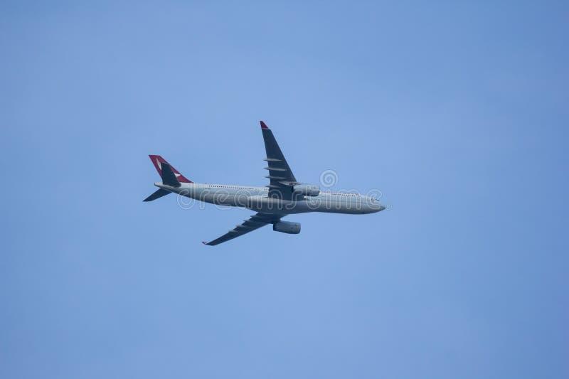 Аэробус A330-300 Dragonair стоковые фотографии rf
