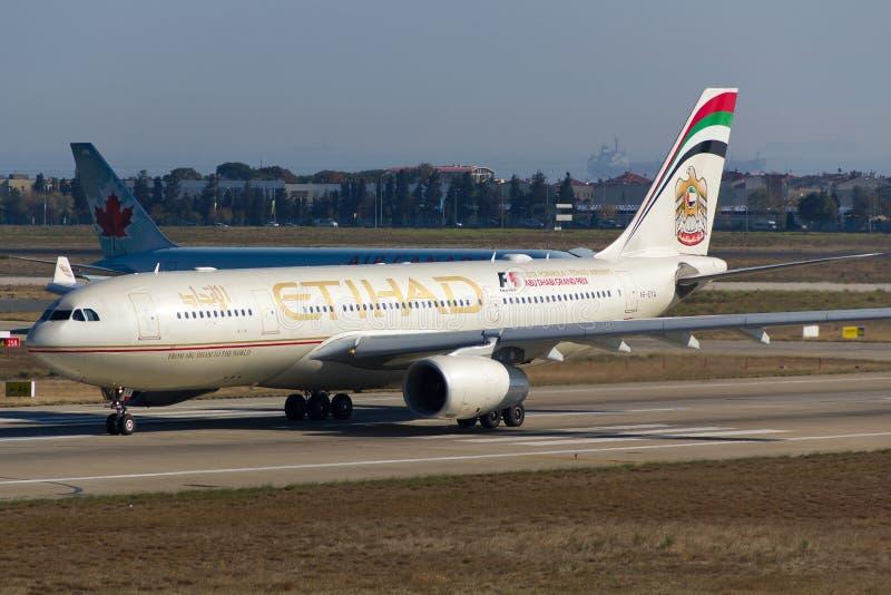 Аэробус A330 Etihad Airways стоковая фотография