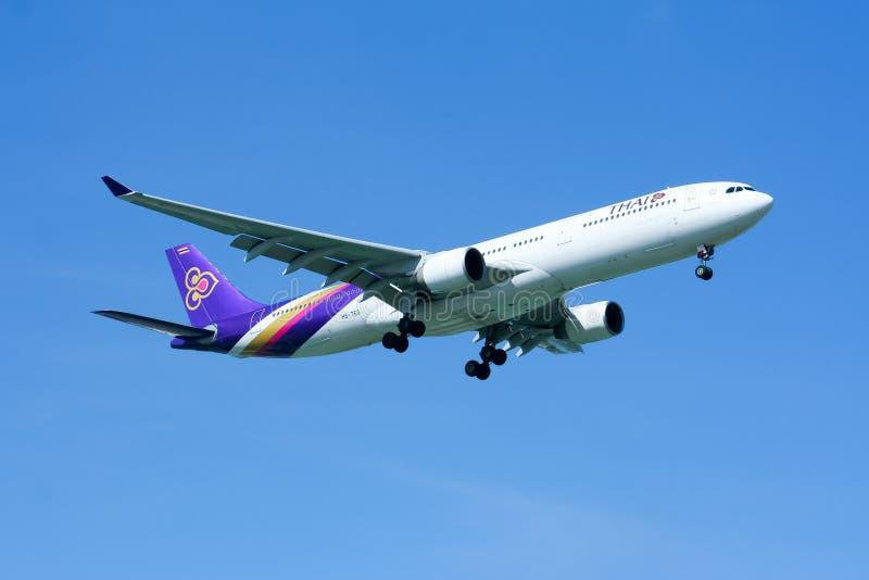 Аэробус A330-300 HS-TEG Thaiairway стоковое изображение