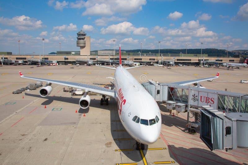 Аэропорт Цюрих стоковое изображение rf