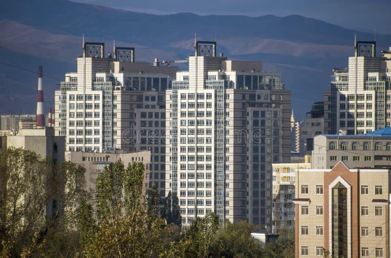 Алма-Ата - современная архитектура стоковое изображение rf