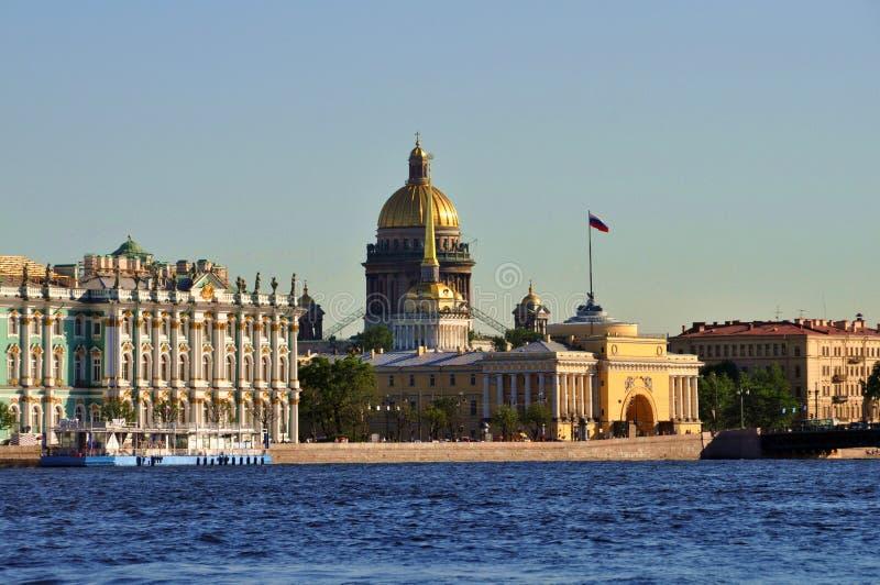 Адмиралитейство обители, St, собор Исаак, Санкт-Петербург, Россия стоковая фотография rf