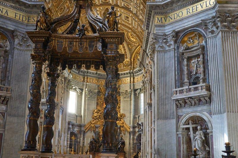 алтар в san pietro стоковые изображения rf