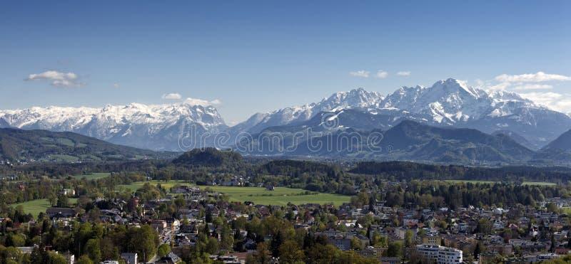 Download Альпы на Зальцбурге стоковое изображение. изображение насчитывающей облако - 40579009