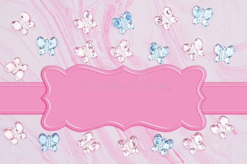 Бабочки пинка и синего стекла с цветками на розовой бумаге акварели иллюстрация штока