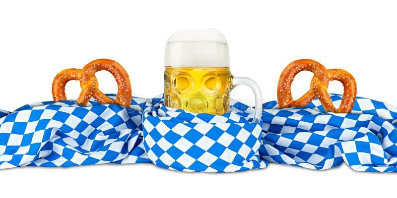 Баварские крендель и пиво флага стоковое изображение rf