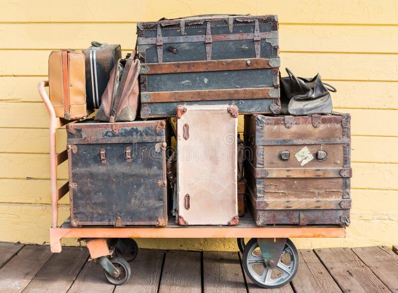 Багаж на депо стоковое фото rf
