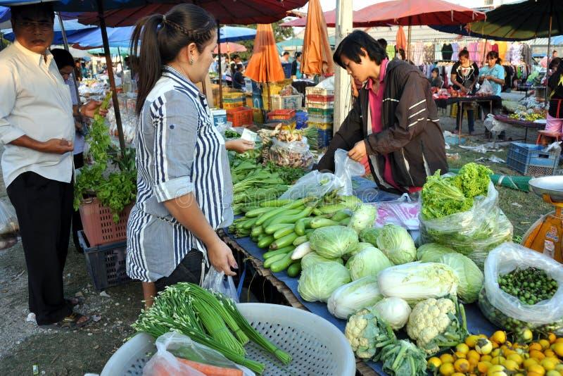базарная площадь напольный Таиланд kanchanaburi стоковое изображение
