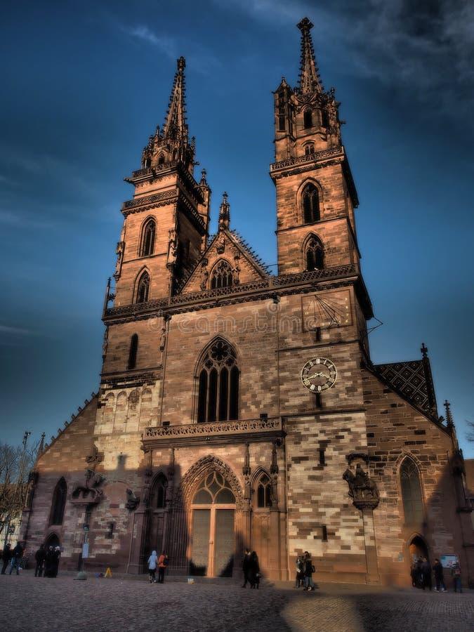 Базель - монастырская церковь - Швейцария 2019 стоковые изображения