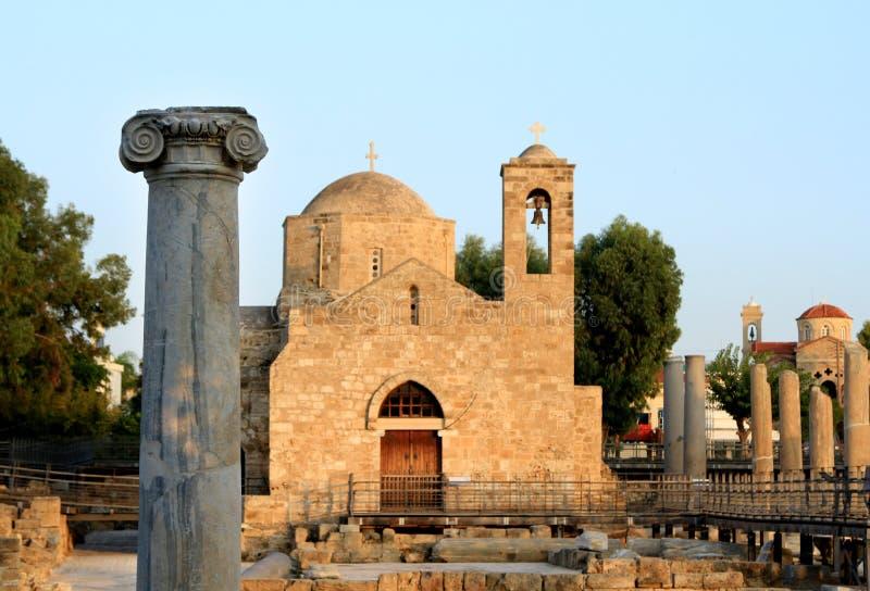 Базилика визирований древности вероисповедания колокольни креста столбца стоковое изображение