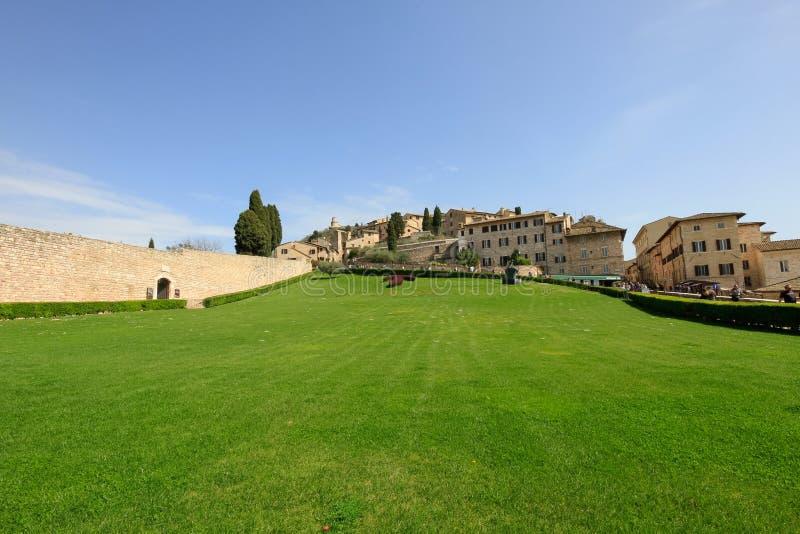 Базилика Св.а Франциск Св. Франциск сада Assisi стоковое фото rf