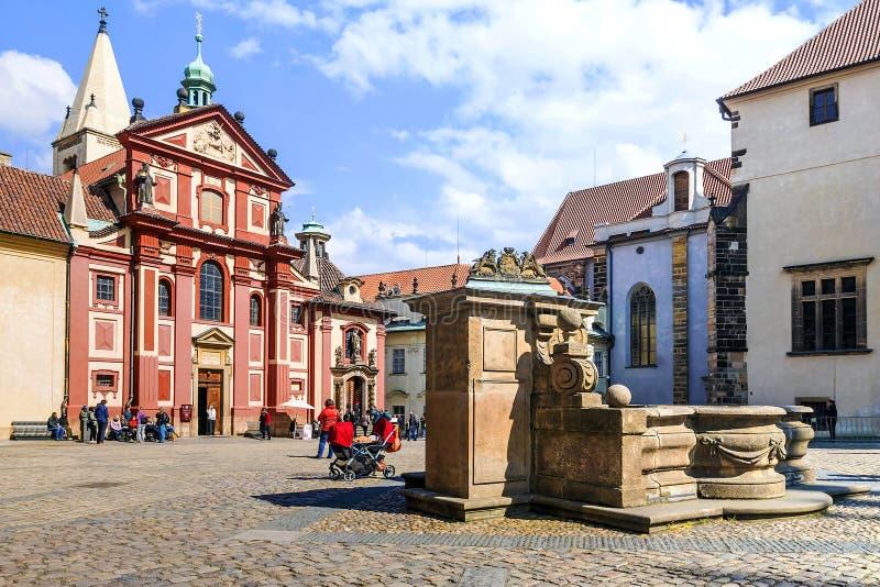 Базилика ` s St. George в Праге, чехии стоковое изображение