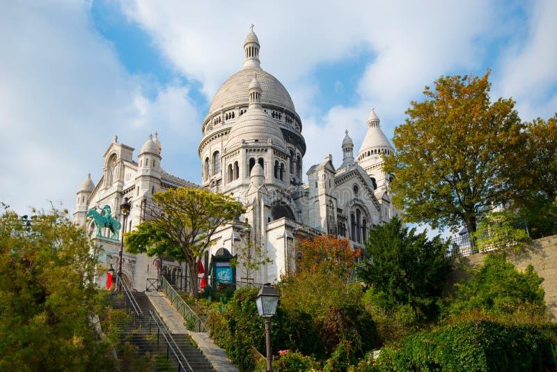 Базилика Sacre Couer на Montmartre в Париже стоковые изображения rf