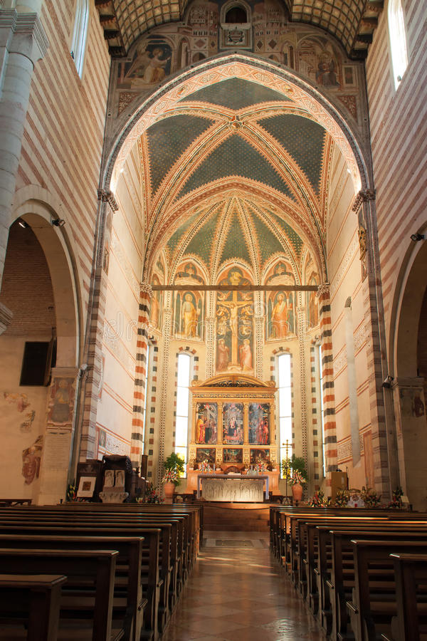 базилика san verona zeno стоковые фото