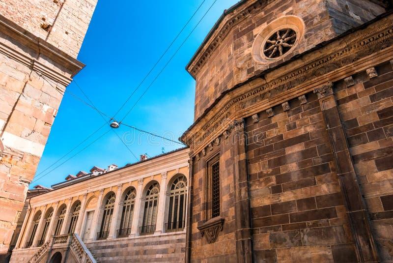 Базилика Santa Maria Maggiore в Бергаме Citta Alta Италии r стоковые фотографии rf