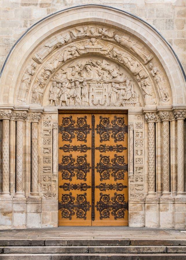 Базилика St Denis: Архитектурноакустические детали Франция paris стоковое изображение