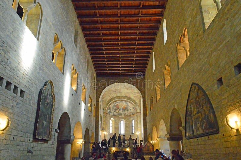 Базилика St. George, замок Праги, Прага, чехия стоковые фотографии rf