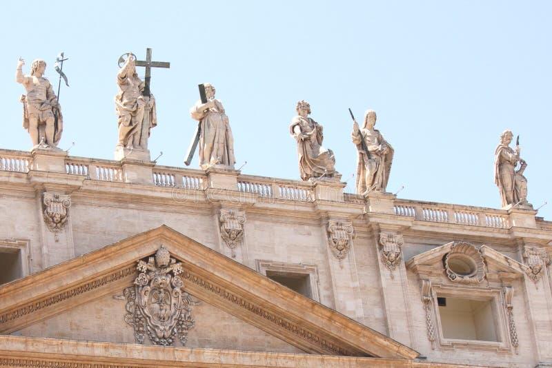 Базилика St Peter в квадрате St Peter, государстве Ватикан стоковые изображения