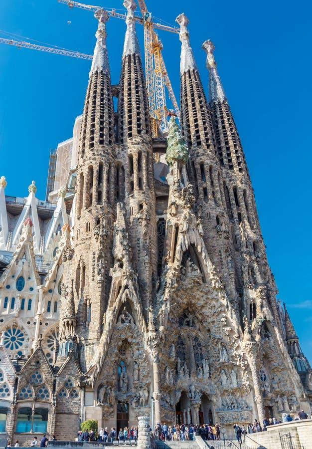 Базилика и искупительная церковь святой семьи (Sagrada Familia) стоковое изображение rf