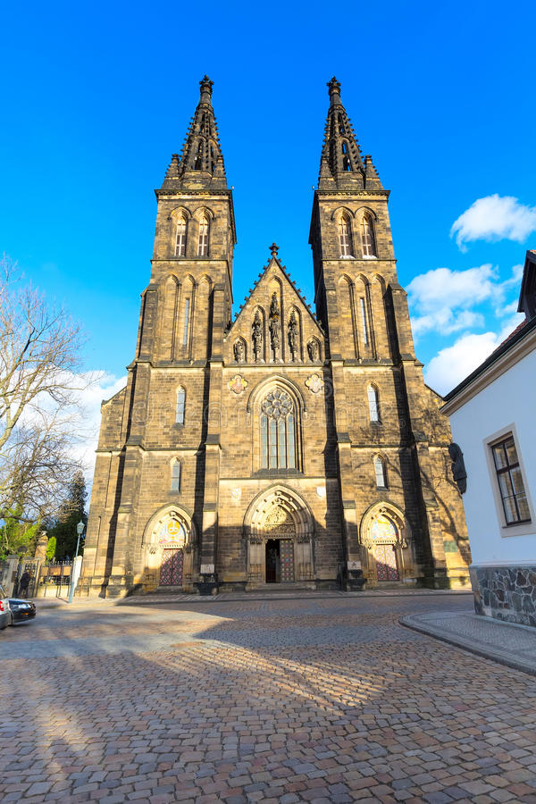 Базилика St Peter и St Paul, Vysehrad, Праги, чехии стоковые фотографии rf