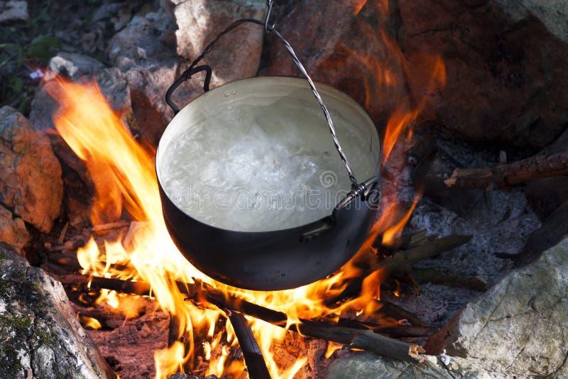 Бак на пожаре стоковое изображение rf