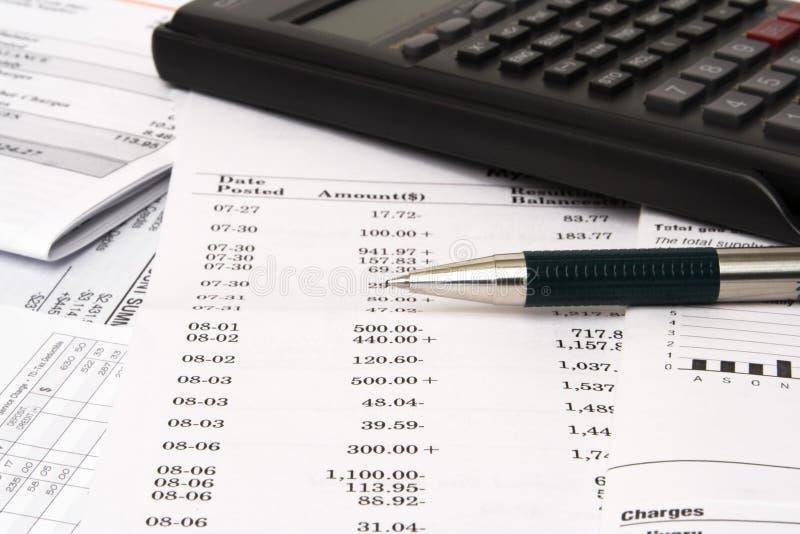 балансируя чеков чековый стоковое изображение rf