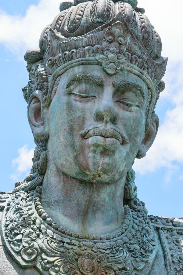 Бали, Индонезия - 10-ОЕ ОКТЯБРЯ 2018 Статуя Vishnu на парке Garuda Wisnu Kencana стоковая фотография