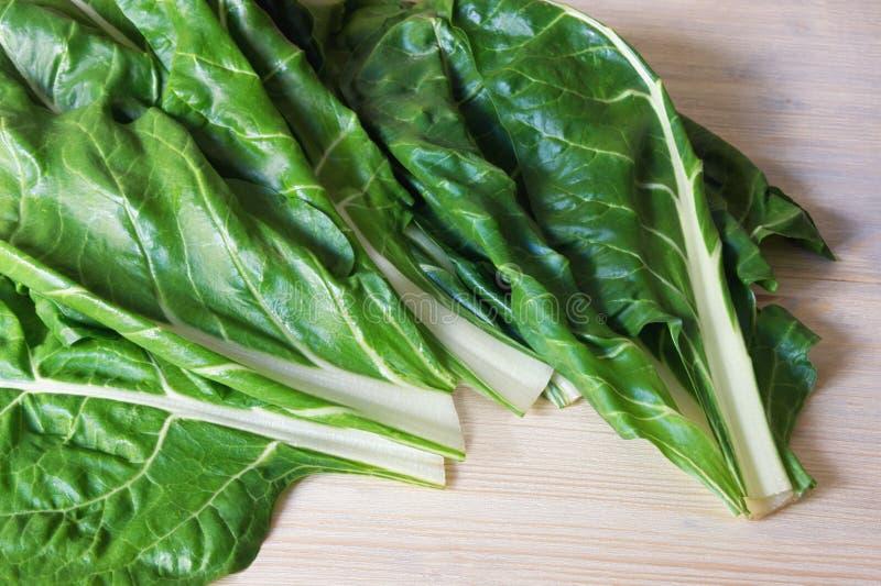 Балканская кухня Мангольд Blitva выходит - популярные густолиственные овощи стоковое изображение rf