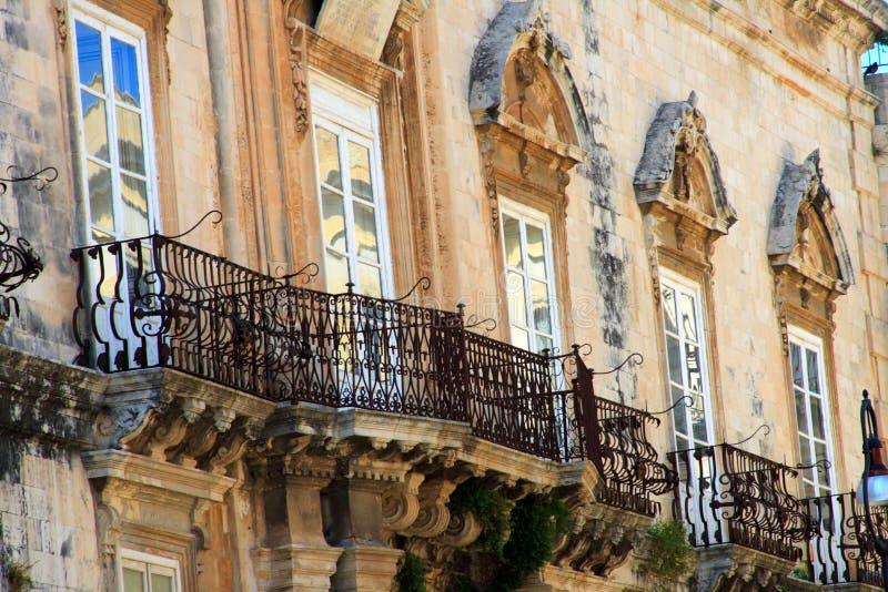 балконы превосходные стоковая фотография rf