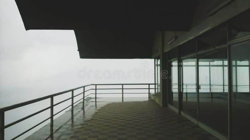 Балкон к нигде стоковое фото