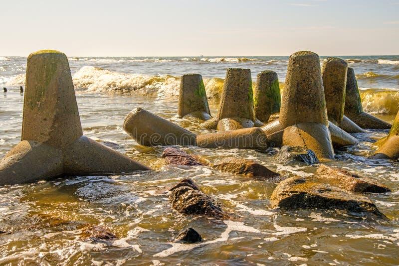 Балтийское море с волн-выключателем стоковое фото