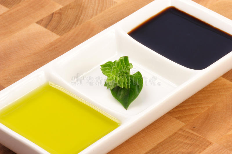 бальзамический уксус оливки масла стоковые фотографии rf