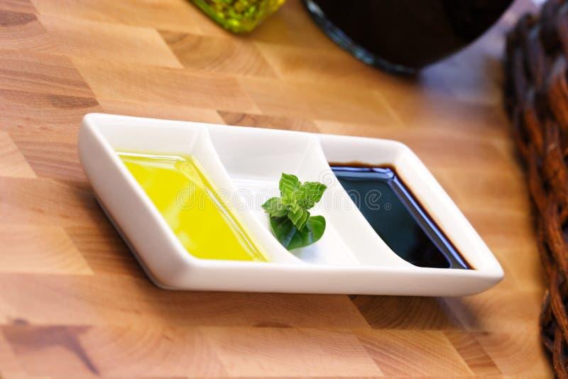 бальзамический уксус оливки масла стоковые изображения rf