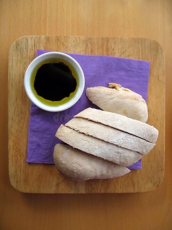 бальзамический dip хлеба стоковое изображение rf