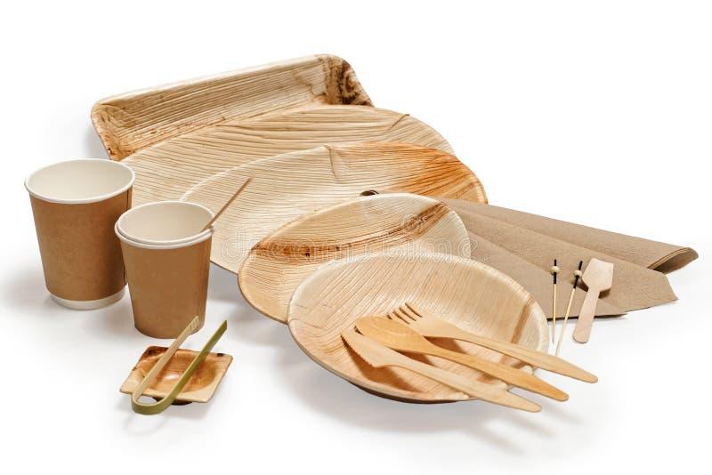 Бамбуковый деревянный tableware изолированный на белизне стоковое фото rf