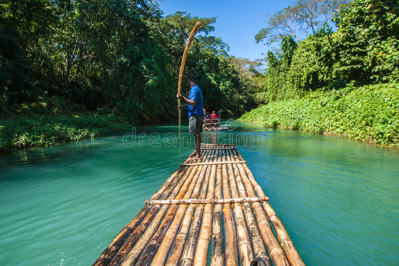 Бамбуковый туризм реки в ямайке стоковое изображение rf