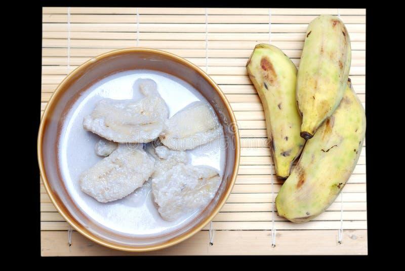 Банан с молоком кокоса стоковое изображение rf