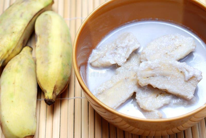 Банан с молоком кокоса стоковая фотография rf