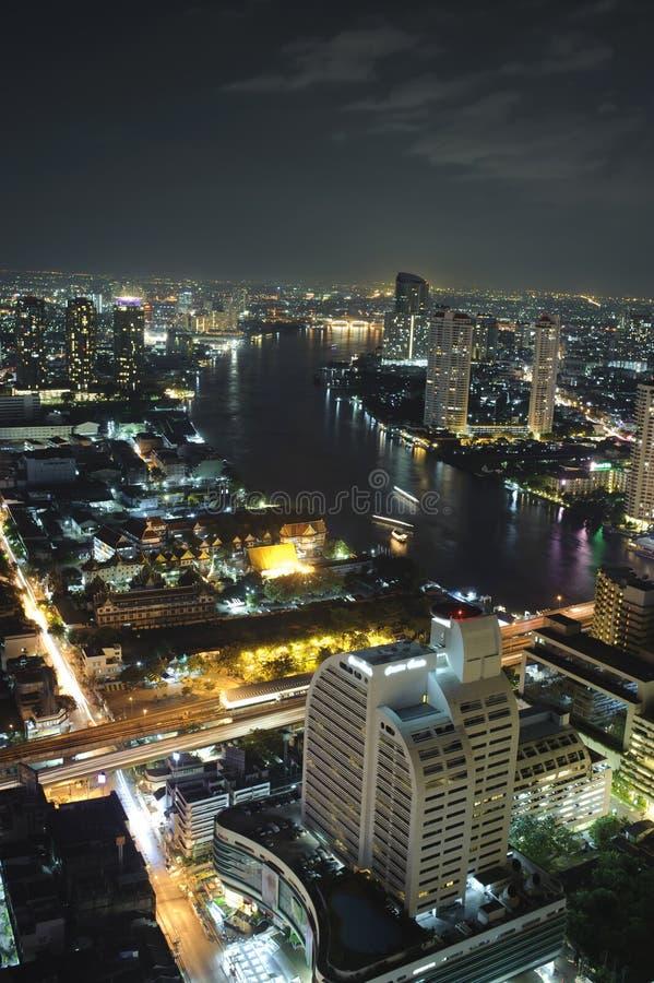 Бангкок на ноче стоковое изображение rf