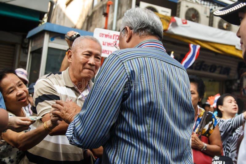 БАНГКОК - 9-ОЕ ЯНВАРЯ 2014: Suthep, руководитель анти- правительства стоковые фотографии rf