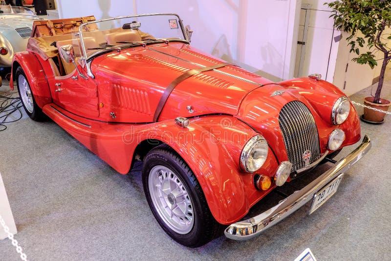 БАНГКОК, ТАИЛАНД, - 11-ОЕ МАРТА 2018: Винтажный автомобиль Морган +8 или plus8: 1968 было показано в классическом мотор-шоу на кв стоковая фотография