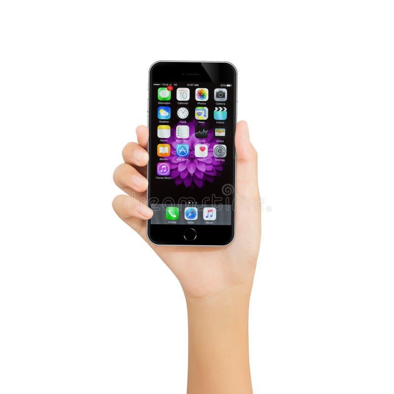 Бангкок, Таиланд - 21-ое августа 2016: Рука держа iPhone Яблока стоковое изображение rf