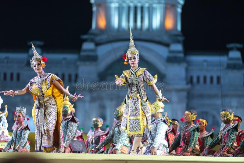 Бангкок Таиланд - 13-ое декабря 2015, Khon драма танца Tha стоковое изображение rf