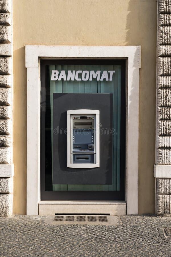 Банкомат в Риме стоковые изображения rf