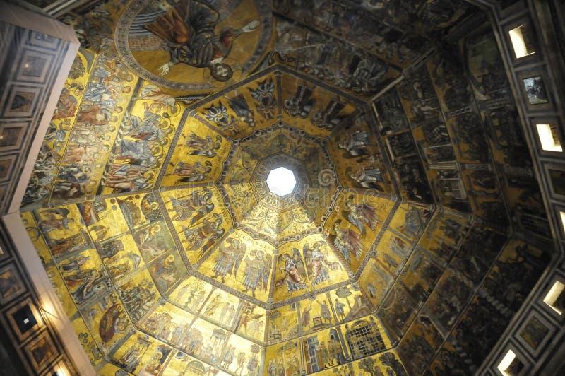Баптистерия Святого Иоанна (Флоренция) стоковые фото