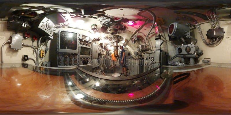 Барабанчик подводной лодки USS, взгляд 360 VR внутри центра управления полета это Gato - классифицируйте подводную лодку, которая стоковое фото