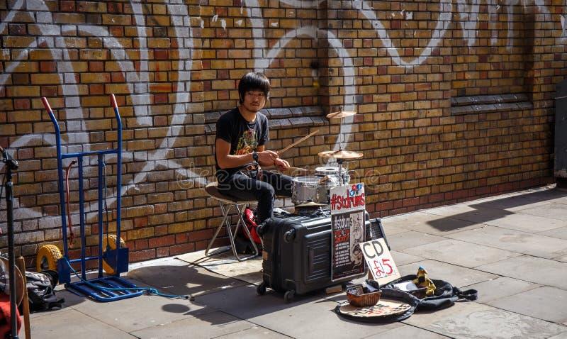 барабанщик стоковое изображение rf