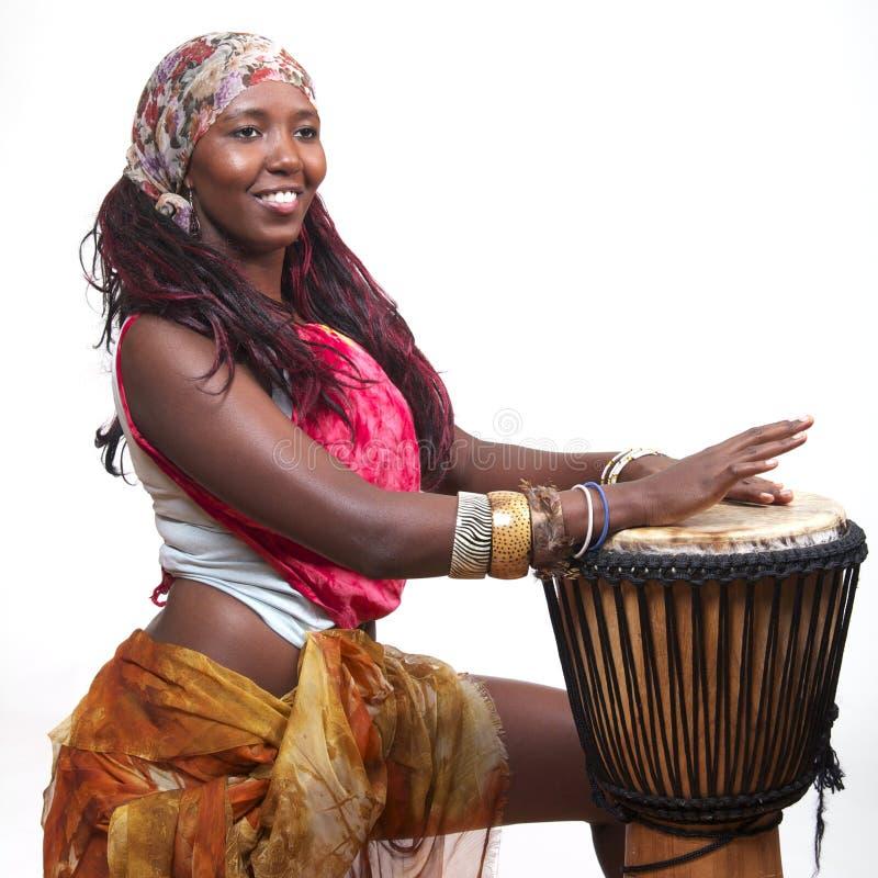 барабанщик djembe стоковое фото rf